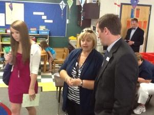 Commissioner Bowen Visits Auburn Schools
